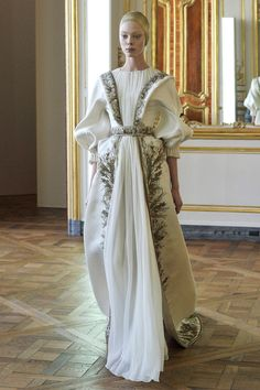 Couture fashion designer Alexander McQueen's last Fall/Winter ready wear collection inspired by Byzantine art.