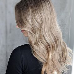 | L A T T E | . . . Better latte than never. We all are experiencing beach fever so kick into summer with freshened up babylights  . . . . #coffeehair #hairstylesforgirls #blondehighlights #babylightshair #babylightsandbalayage #babylightsbalayage #babylightsombre #blondebabylights #summerhair #womenshaircuts #womenshairstyles #salonmagazine #salonperfect #maneaddicts #citiesbesthairartist #balayageartist #colourspecialist #balayagespecialist #torontohair #torontohairsalon #torontosalon… Summer Hairstyles, Girl Hairstyles, Coffee Hair, Hair Trends 2018, Mane Addicts, Blonde Highlights, Hair Inspiration, Latte, Salons