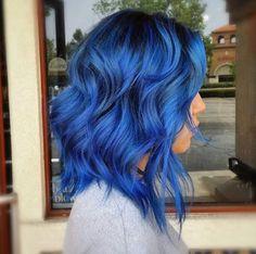 Hair, blue hair, hair inspo hair goals, hair and nails, dream hai Light Blue Hair Dye, Dark Blue Hair, Dyed Hair Blue, Hair Color Purple, Hair Dye Colors, Dye My Hair, Hair Color For Black Hair, Cool Hair Color, Short Blue Hair