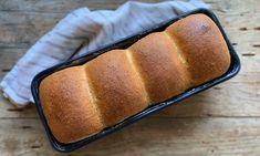 Toustový jemný chléb – Vůně chleba Pan Bread, Home Baking, Russian Recipes, Graham, Banana Bread, Bakery, Desserts, Food, Polish