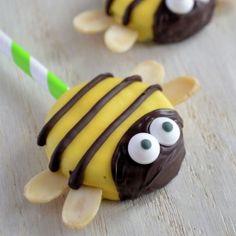 Bee Oreo Pops (in Dutch)