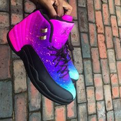 Secrets Of Sneaker Shopping. It's no surprise that a great deal of males and females simply choose to use sneakers. Jordan Shoes Girls, Jordans Girls, Girls Shoes, Nice Jordans, Fly Shoes, Women's Shoes, Shoe Boots, Running Shoes, Shoes Style
