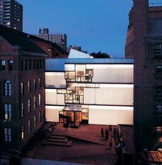 Pratt Institute Higgins Hall Insertion in Brooklyn, New York, by Steven Holl Architects Steven Holl Architecture, Facade Architecture, School Architecture, Amazing Architecture, Contemporary Architecture, Ancient Architecture, Landscape Architecture, Sustainable Architecture, Theatre Architecture