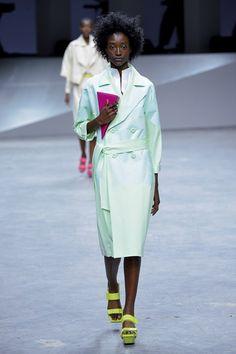 Issey Miyake - Primavera/verão - Vogue Portugal