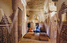 Interior of earth houses of the Oualata tribe Mauritania.© Deidi von Schaewen/Artedia