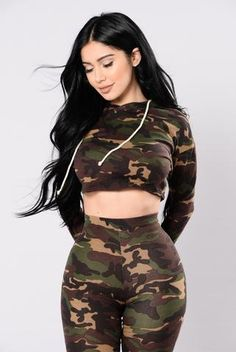 Available in Camo Cropped Camo Print Hoodie Matching Set Wanna Camo Outfits, Mode Outfits, Sexy Outfits, Fashion Outfits, Fashion Trends, Girl Fashion, Womens Fashion, Camo Print, Camouflage