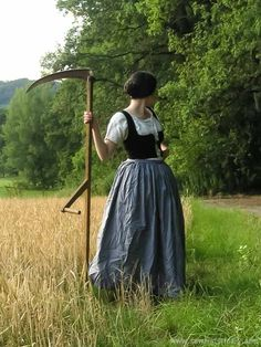 A Victorian Reaper – Sew Historically – Style is art Victorian Era, Victorian Fashion, Vintage Fashion, Victorian Dresses, Steampunk Fashion, Gothic Fashion, Historical Costume, Historical Clothing, Costume Design