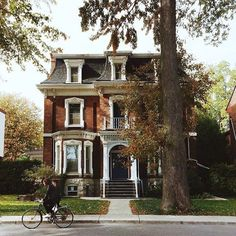 Fall in Kingston - brick and white trim