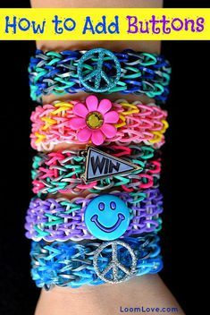 Add Buttons to Rainbow Loom Bracelets. Rainbow Loom is one of the top gifts for kids, and every kid seems to have at least one piece of rubber band jewelry. Bracelets Rainbow Loom, Rainbow Loom Bands, Rainbow Loom Charms, Rainbow Loom Tutorials, Rainbow Loom Patterns, Rainbow Loom Creations, Loom Love, Fun Loom, Loom Bands Designs