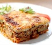Moussaka – Kitchenista - Apocalypse Now And Then Vegan Vegetarian, Vegetarian Recipes, Healthy Recipes, Healthy Eating Tips, Healthy Nutrition, Mousaka Recipe, Vegetable Drinks, Greek Recipes, Queso