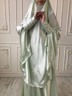 Elegant Muslim mint suit, Silk wedding jilbab, bridal khimar, engagement islamic dress, nikah outfit, lace burqa