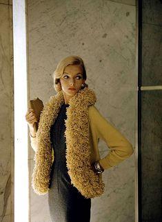 """Lois Gunas Wideman in """"Caterpillar"""" fashion, photo by Nina Leen, 1954"""