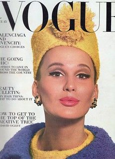 28 covers Vogue US September by David Bailey. Vogue US October 1 and 15 Vogue US February by Irving Penn. Vogue US March by Bert Stern. Vogue US April 1 and 15 by Irving Penn. Vogue US August 15 by Irving Penn. Vogue US January by… Vogue Magazine Covers, Fashion Magazine Cover, Vintage Vogue Covers, David Bailey, Purple Coat, Vogue Us, Vintage Magazines, Fashion Magazines, Vintage Hats