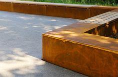 http://www.wwplus.eu/Urbanismus/URB_06_Bilder_Park_Ouerbett_Kayl_ger.html corten mobilier urbain