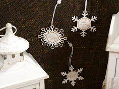 Palline Natale con luci a led su  http://www.idea-piu.com/store/1/addobbi-e-decorazioni-1023