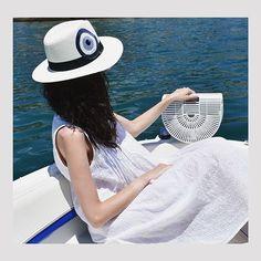 Sailing away.. 🚤 . #summeringreece #sea #sun #sailing #bamboobag #whitebamboobag #handpaintedhat #madeingreece #summermood☀️…