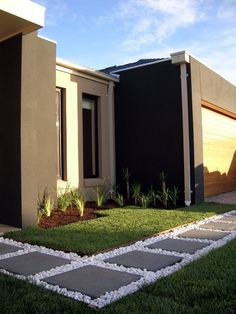Fabulous front yard walkway landscaping ideas (64)