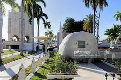 The grave that holds the ashes of Cubas Revolution leader Fidel Castro at the Santa Ifigenia cemetary, on December 4, 2016, in Santiago de Cuba, Cuba. Cubas former President Castro died on November 25th at the age of 90 and was buried today to end a 9 day mourning period.