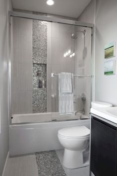 Fresh and cool small bathroom remodel and decor ideas (67)
