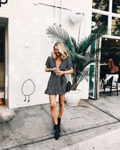 Spring is coming and this dress is getting added to the closet! #springfashion #dresspattern