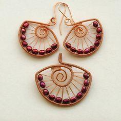 Freshwater pearls in copper by izabako, via Flickr
