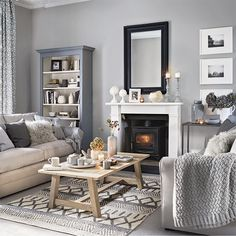 grey living room ideas for gorgeous and elegant spaces Pretty living room grey Ideal Home .ukPretty living room grey Ideal Home . Coastal Living Rooms, My Living Room, Small Living, Cosy Grey Living Room, Grey Room, Ideas For Living Room, Modern Living, How To Decorate Living Room, Dark Wood Living Room