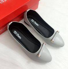 Mua giày nữ đẹp ở đâu - Búp bê ống trúc