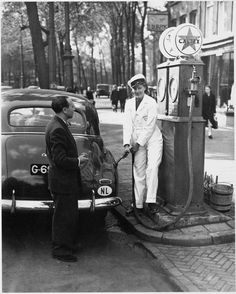 Post-War Amsterdam: Looking Back at the City in the Late Just After WWII ~ vintage everyday, photo Ben van Meerendonk Old Pictures, Old Photos, Vintage Photographs, Vintage Photos, Pompe A Essence, Old Gas Pumps, Old Gas Stations, Dutch East Indies, Black And White Pictures