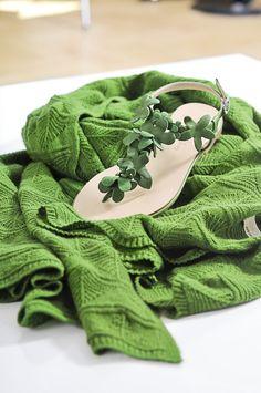 Groene kasjmier sjaal | Green cashmere scarf by edelziege #natuurlijk