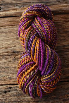 Unf.  I so want to make a aran to bulky weight handspun so squishy and even and colourful and YUM like this.