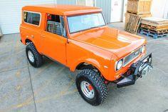 ||| orange you beautiful! ||| international scout 800 |||