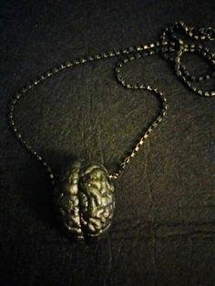 Collana con Cervello pendente morti viventi e zombie