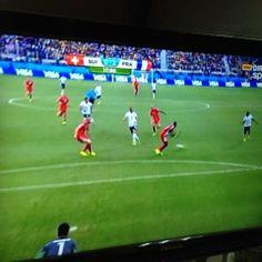 Matuidi en apenas 18' pone Francia 2-0 Suiza
