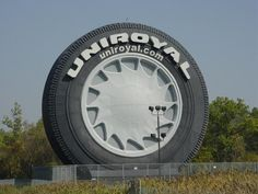 UniRoyal Giant Tire, Detroit, Michigan  Pass this when visiting my family in Michigan.