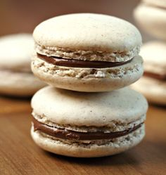 Macarons à la noisette et nutella - les meilleures recettes de cuisine d'Ôdélices