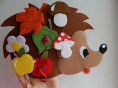 VOWOV Felt Christmas Tree Decorations Set with Ornaments - Double Stitched- Wall Hanging-Handmade 30 pcs Detachable Christmas Ornaments Christmas Tree Decorations Sets, Felt Christmas, Christmas Ornaments, Felt Quiet Books, Busy Book, Book Projects, Felt Toys, Drawing For Kids, Handmade Toys
