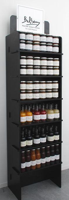 Belberry Winkel display (108 x 215 g of 54 flessen)    De sjieke uitstraling van de confiture en of Fruit vinegars  komt zo nog beter tot zijn recht met deze zwarte display.
