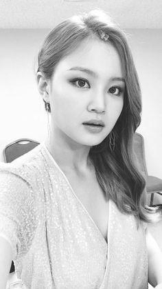 LeeHi's Instagram Story Update!