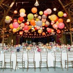 When it comes to wedding decor, I'm just in love with the hanging paper lantern trend! Adding floating paper lanterns to your ceremony or reception decor is a great way to inexpensively add some fun and color to your big day. Dream Wedding, Wedding Day, Diy Wedding, Wedding Ceremony, Trendy Wedding, Garden Wedding, Party Wedding, Summer Wedding, Decor Wedding