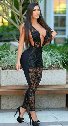 Sexy babe wearing body suit with amazing side view Sexy Outfits, Sexy Dresses, Fashion Outfits, Nylons, Beautiful Lingerie, Sexy Curves, Belle Photo, Gorgeous Women, Sexy Women