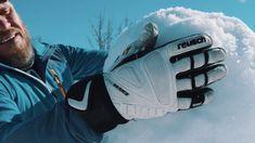 Dem Hermann sein Flachau#2: Der Schlitten und der Schneemann Olympia, Air Max Sneakers, Sneakers Nike, Nike Air Max, Snowman, Athlete, Tourism, Nike Tennis, Air Max