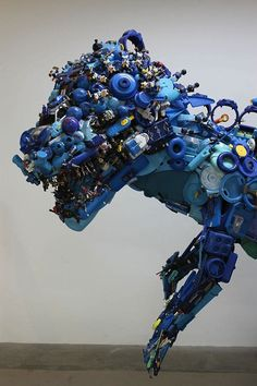 Hiroshi Fuji Presents Recycled Toy Installation Using Over 50,000 Pieces Art From Recycled Materials, Recycled Toys, Recycled Art Projects, Recycled Crafts, Craft Projects, Plastic Art, Plastic Design, Trash Art, Japanese Artists