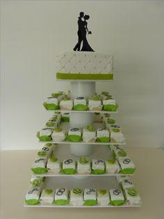 Cake Cube, wedding cake, Konz, Niedermennig, Hochzeit, modern, petit fours, Hochzeitstorte, Kuchen, grün weiß, green white