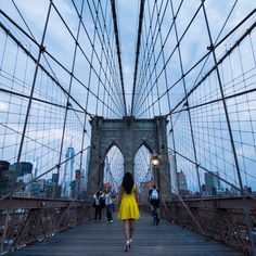Walking on the stunning Brooklyn Bridge, New York City