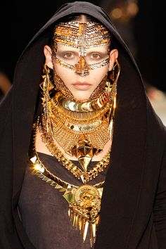 Jewellery mask in the Givenchy couture AW09 catwalk show. Photograph: Vogue \\ umm...wow