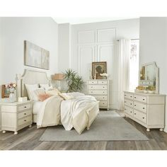 Shop for Riverside King/California King Panel Headboard, and other Bedroom Headboards at Fords Furniture in Bowling Green, KY. Kids Bedroom Sets, Bedroom Furniture Sets, Diy Bedroom Decor, Home Decor, Bedroom Ideas, Riverside Furniture, Dresser With Mirror, Double Dresser, White Bedroom