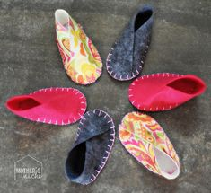 DIY Felt Baby shoes. SO EASY. And so cheap. Never buy baby shoes again.
