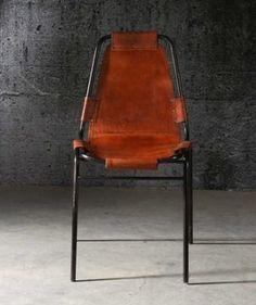 Utour du noir on pinterest salons poufs and corks - Chaise cuir conforama ...