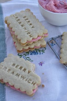 strawberry creamwiches...delicate buttery cookies with fresh and flavorful strawberry cream filling.