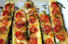 Zucchine gratinate con pomodori e scamorza